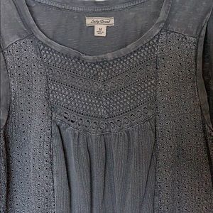Boho style Luck tee with great detailed crochet